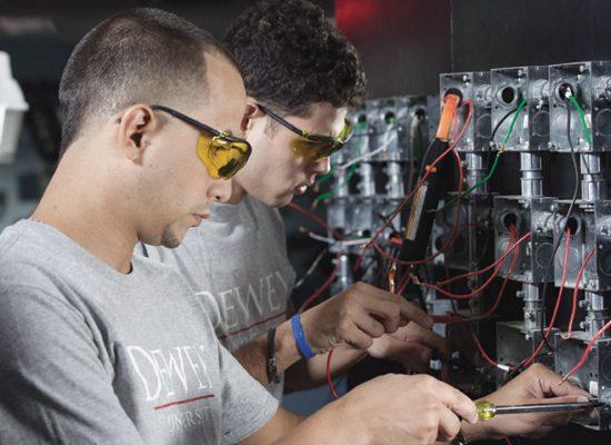 Electricidad y Sistemas Fotovoltaicos
